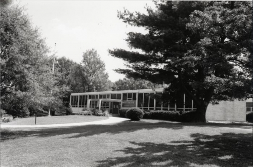 NOTTINGHAM ELEMENTARY SCHOOL IN 1996 - COURTESY OF THE CENTER OF LOCAL HISTORY, THE ARLINGTON PUBLIC LIBRARY