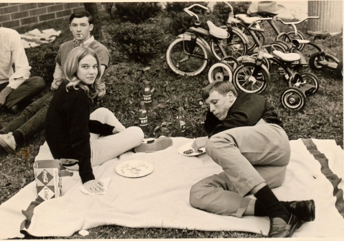 DAVE SNELL, KAY HARNISH-LADD & GREGG WARD LOUNGING AT THE SENIOR PICNIC BACK IN THE DAY.   HEY, YOU DON'T NEED TO BRING